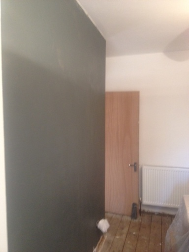 Dark tones undercoat...